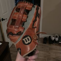 A2K Wilson Outfield Baseball Glove. Brand New. Broken In Perfectly.  Thumbnail
