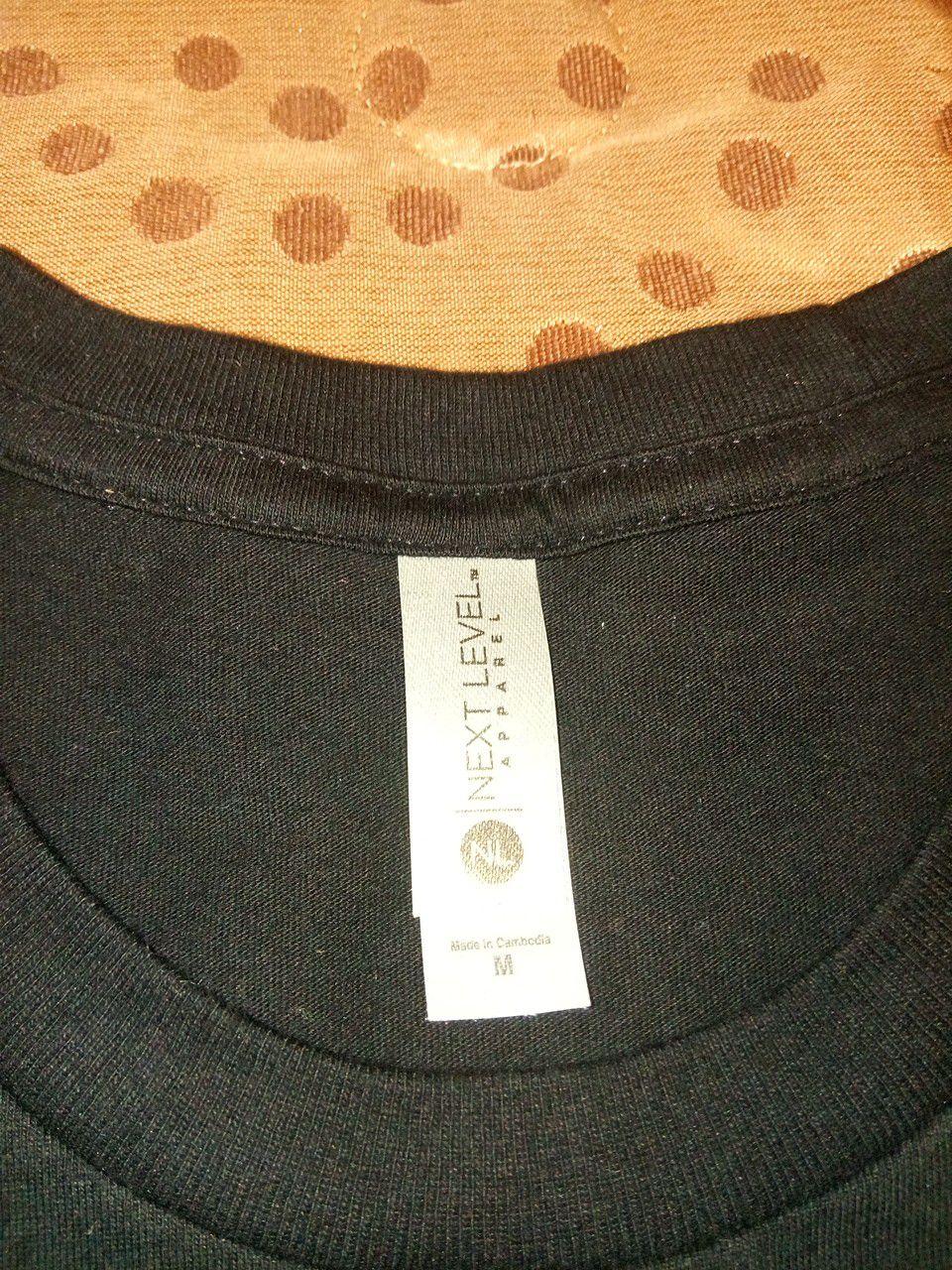 Brand new Keen utility boot brand shirt