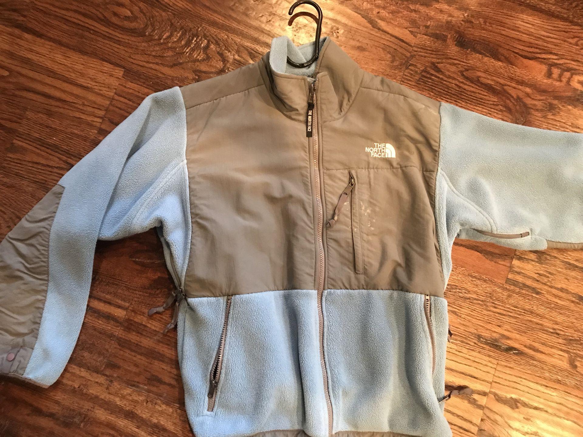 Woman's North Face Fleece Jacket