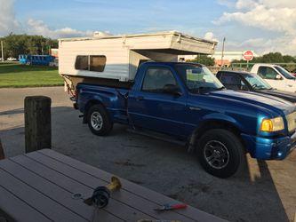 Pop up truck bed camper topper Thumbnail