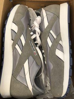 Reebok Classic Men's Shoes Size 10.5 NEW Thumbnail