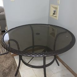 Table With 4 Chairs Thumbnail