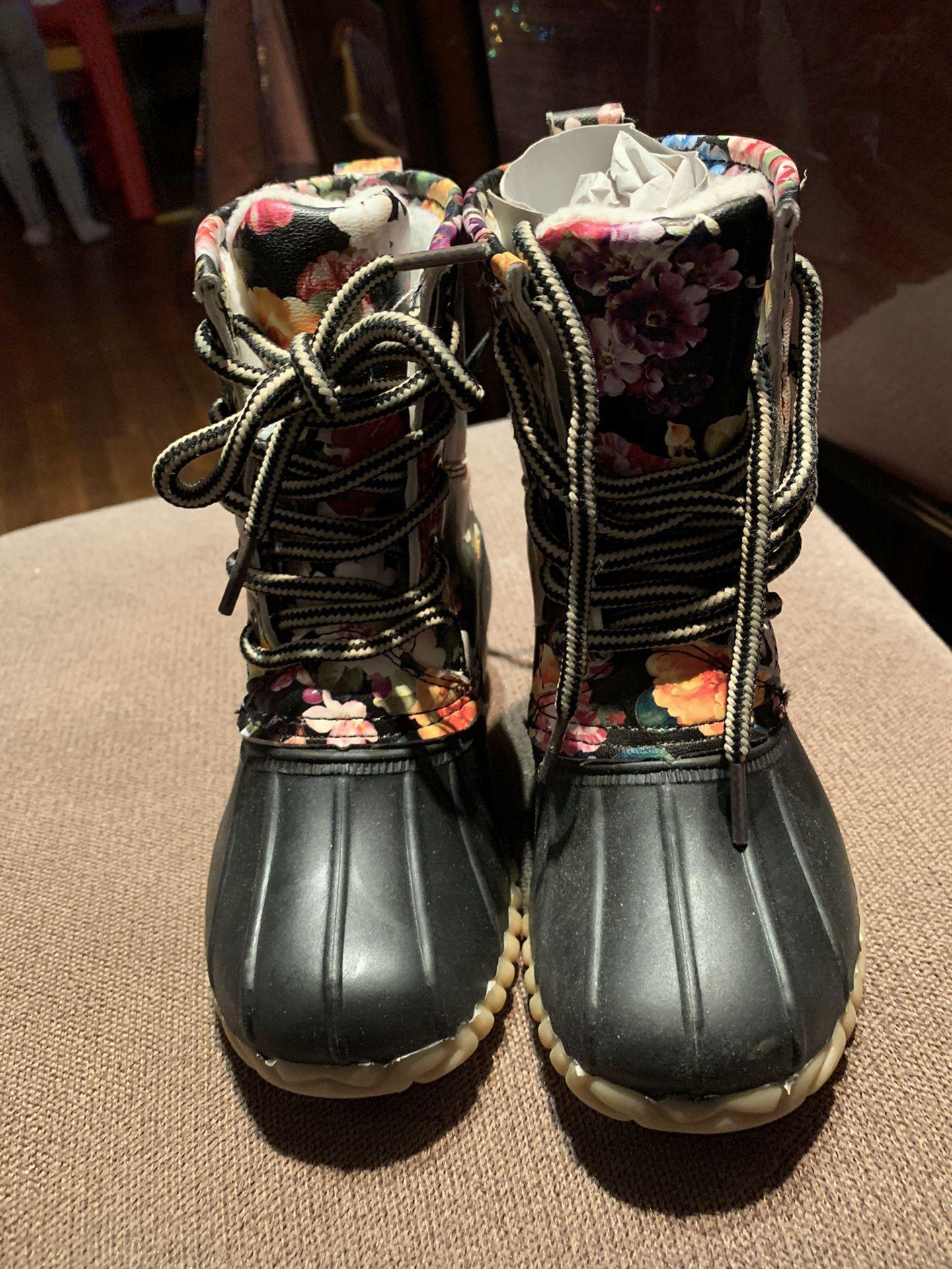 NWT toddler girl snow/rain boots