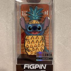 Pineapple Stitch FiGPiN Limited Edition LE2000 BoxLunch Exclusive 425 Lilo Disney Thumbnail