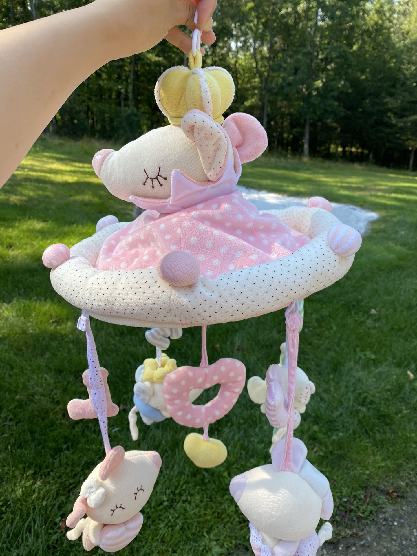 Crib Mobile, can Download Any Music In It