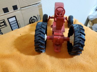 Red Ertl Farm Tractor Thumbnail