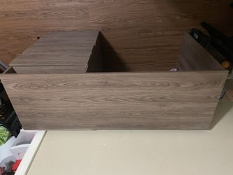Desk Thumbnail