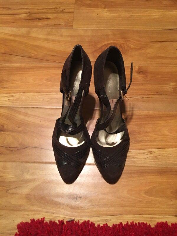 Nine West brown heels