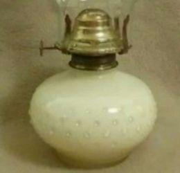 Vintage Oil Lamp Full Size Thumbnail