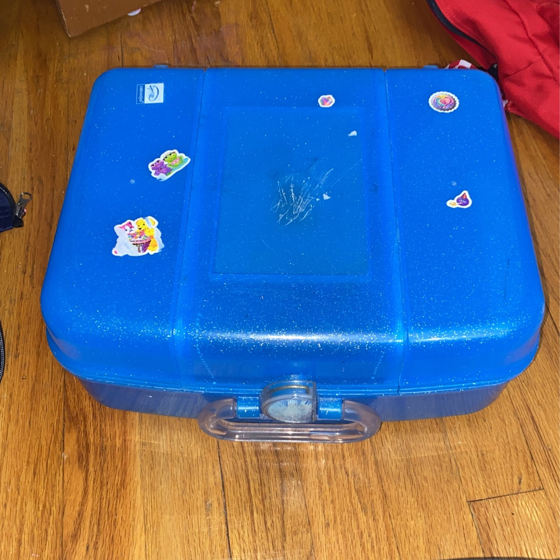 vintage caboodles makeup case with mirror and multiple compartments