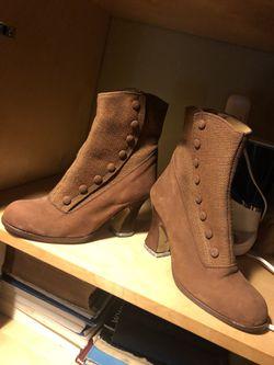 Actic women shoes size 7-1/2 Thumbnail
