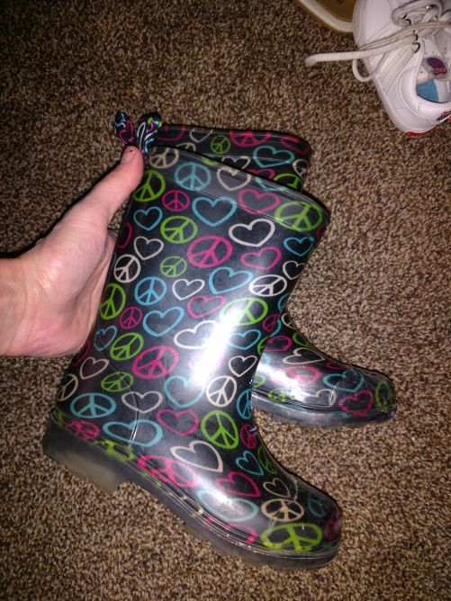 Girls rain boots size 10 11