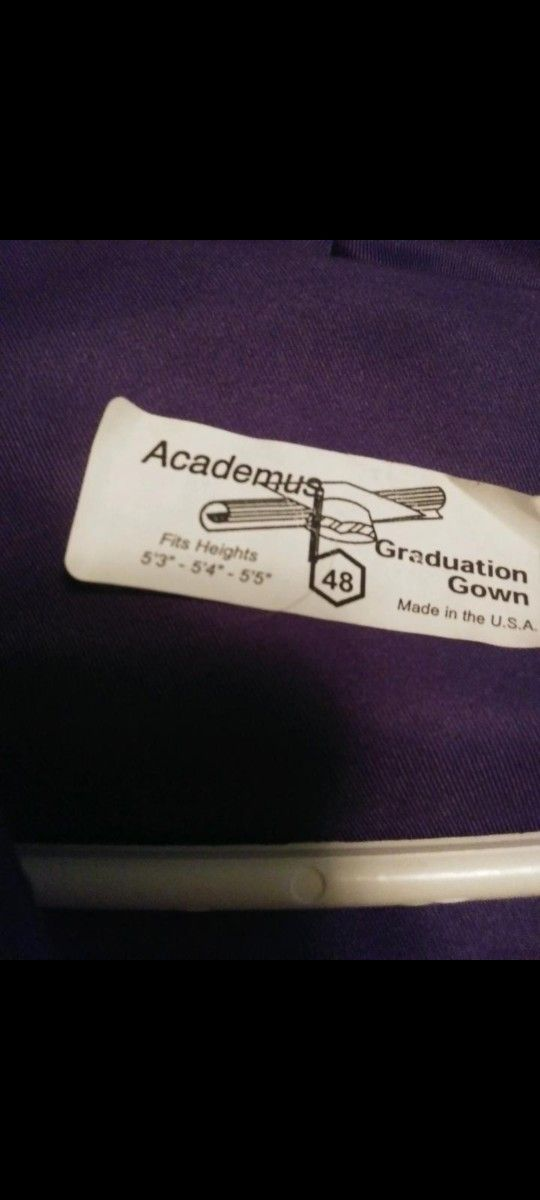 Hallsville Cap And Gown