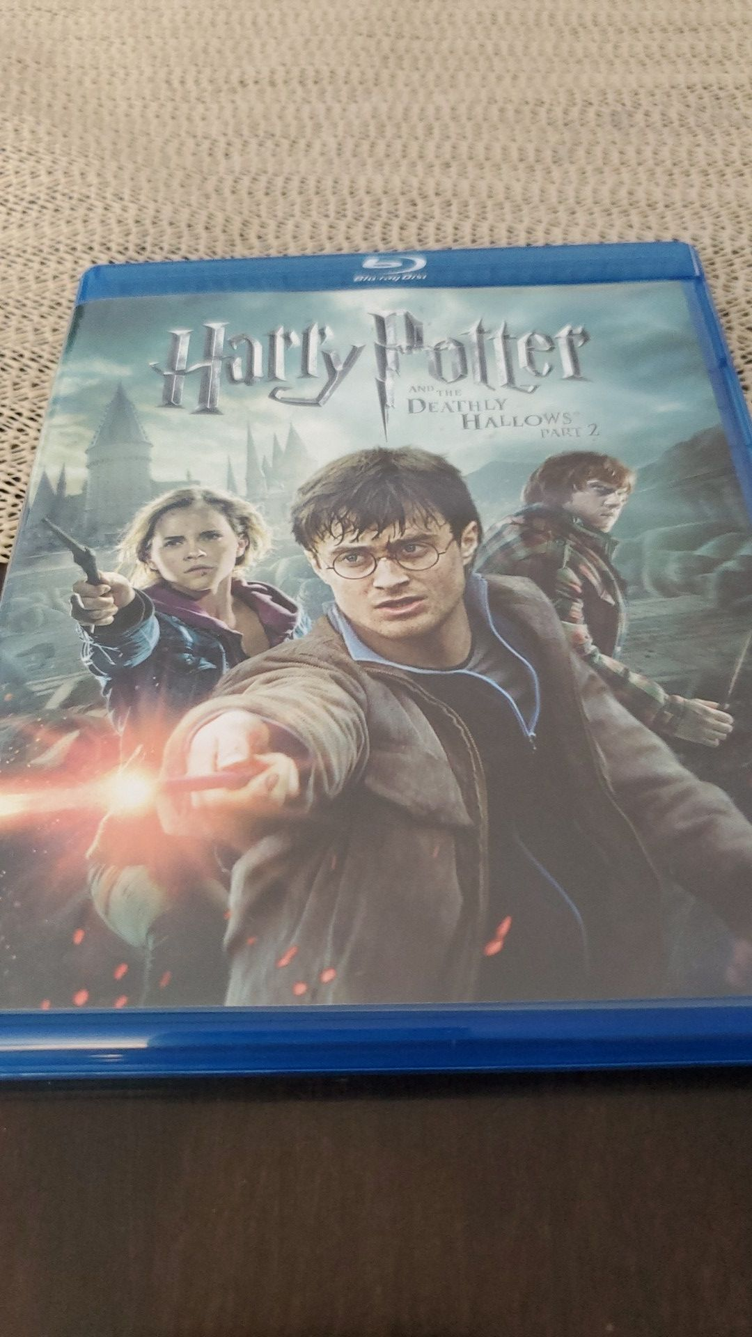 Harry Potter and the Deathly Hallows Part 2 (blue ray) DVD