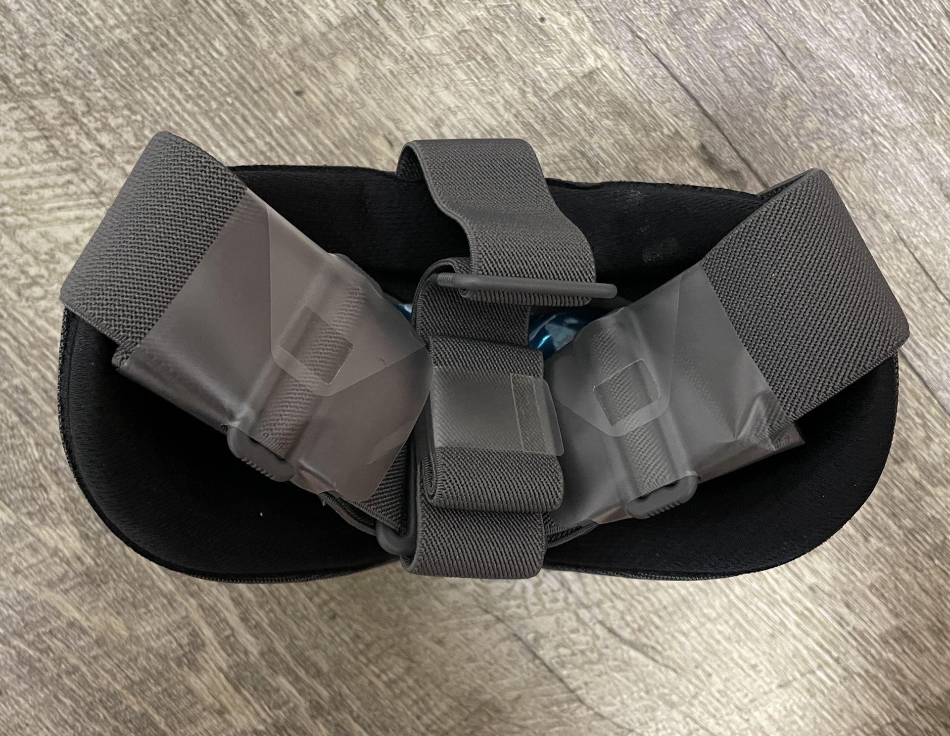 Google Daydream View Mobile VR Headset - New In Box