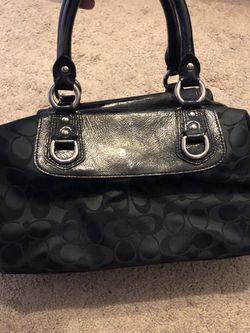 Black coach purse Thumbnail