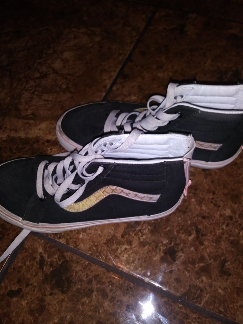Size 3 youth Vans