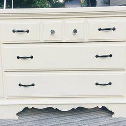 Cute 3 Drawer Dresser   Thumbnail