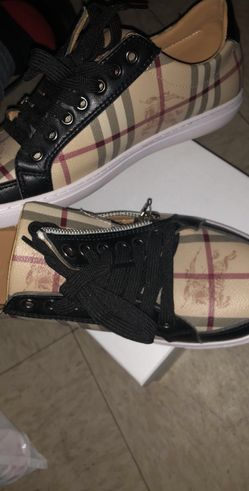 Burberry sneakers Thumbnail