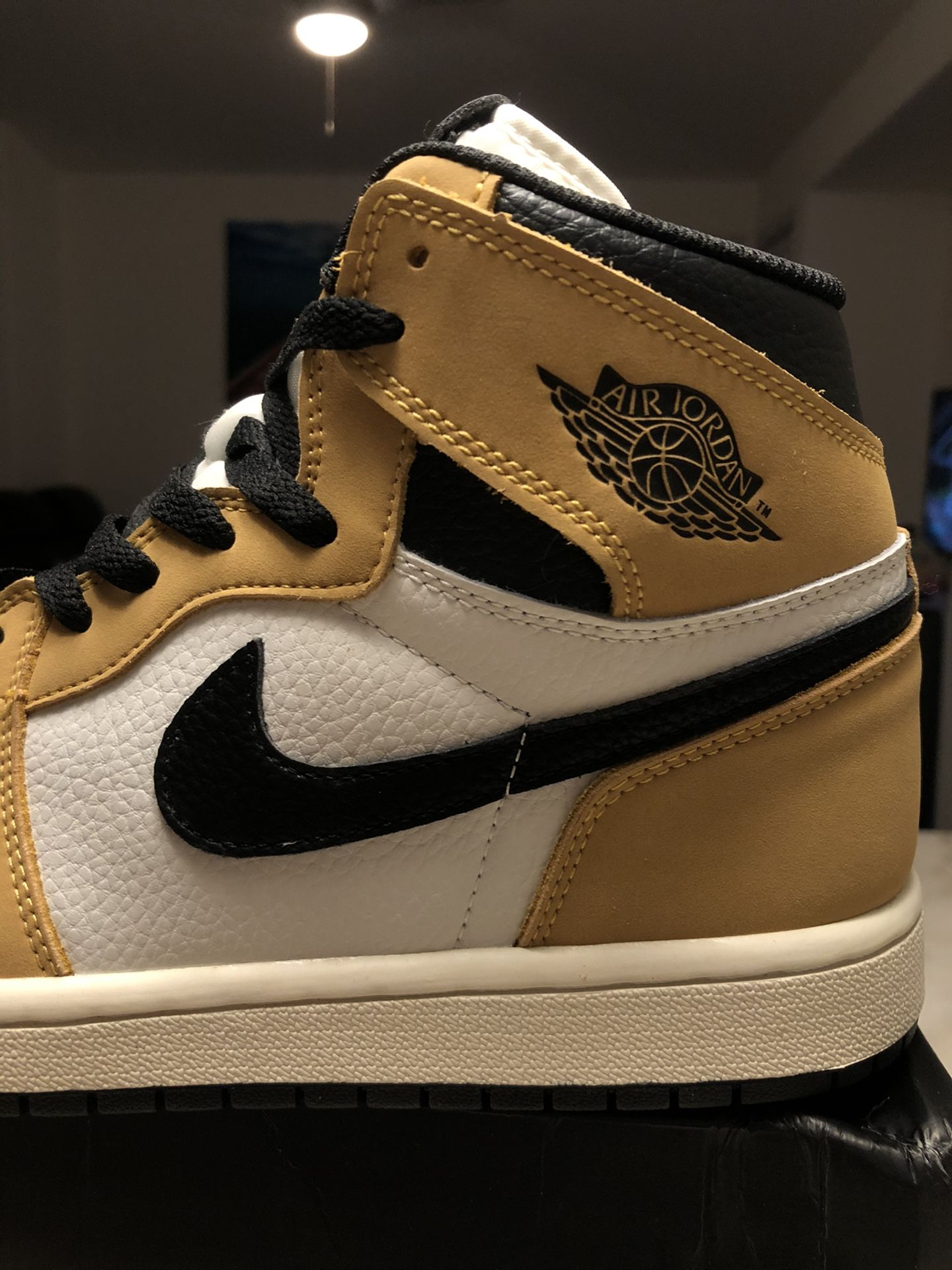 Brand New Nike Air Jordan 1 Rookie Of The Year ROTY