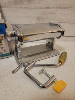 Pasta Machine For Clay Thumbnail