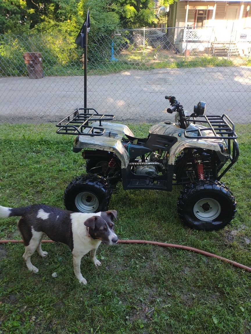 4 Wheeler in Good Condition $500 Firm
