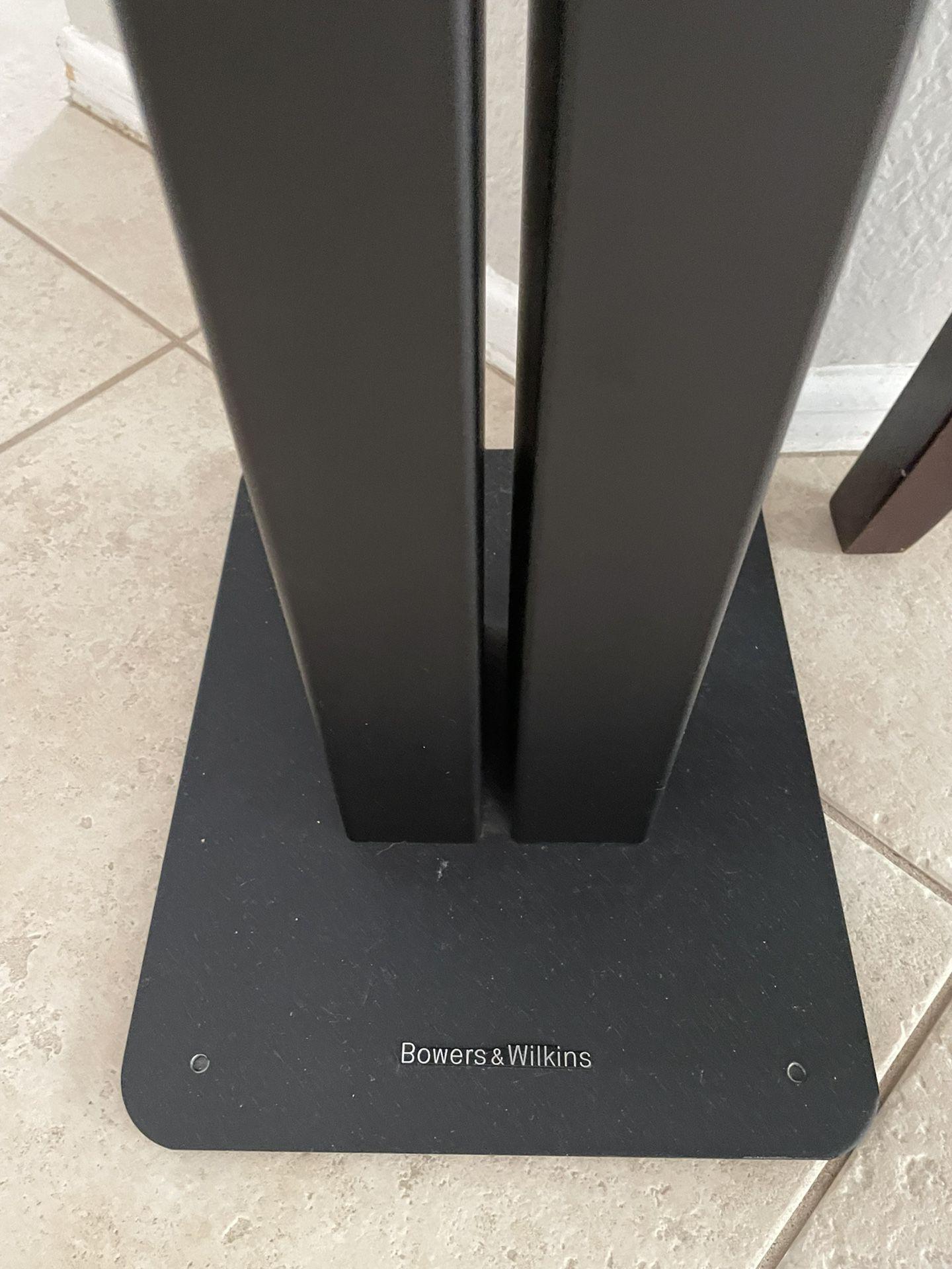 Marantz Stereo Receiver And Monitor Audio Speaker Set Up