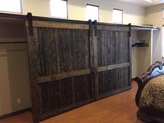 Custom barn doors Thumbnail