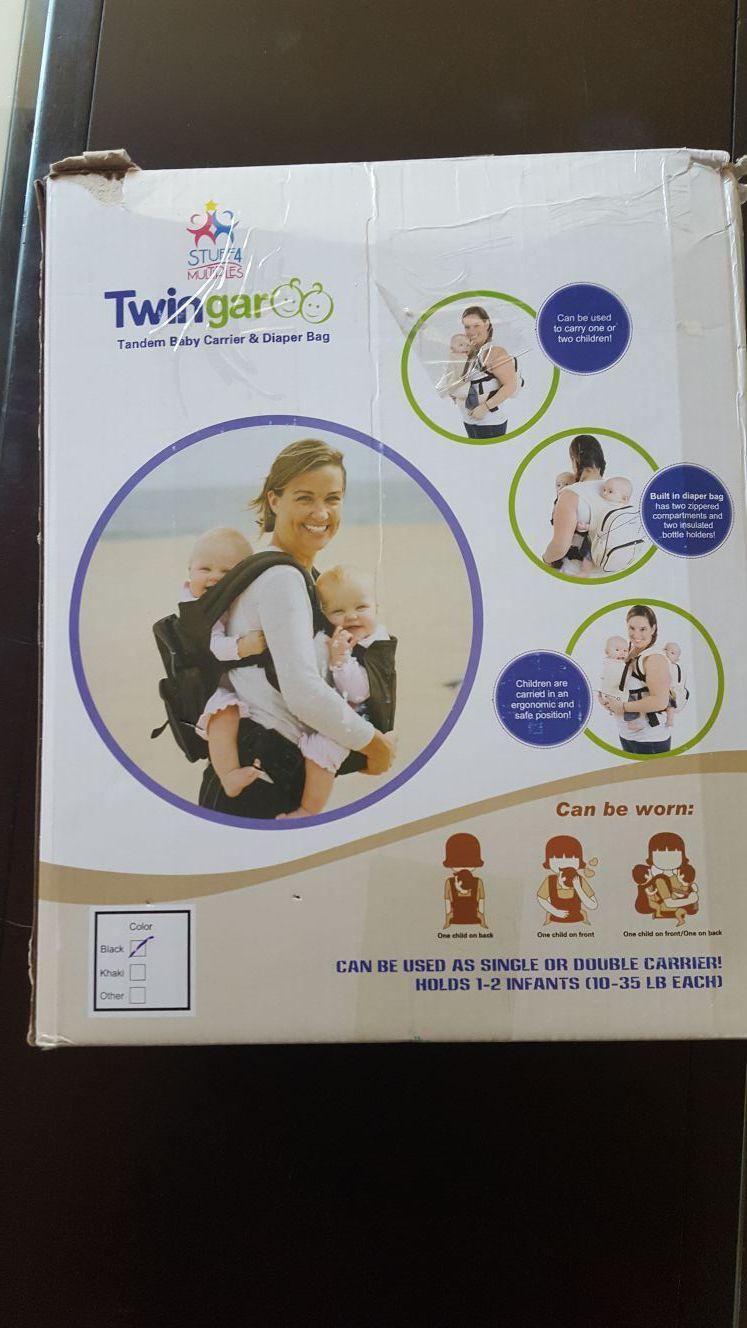 Twingaroo baby carrier