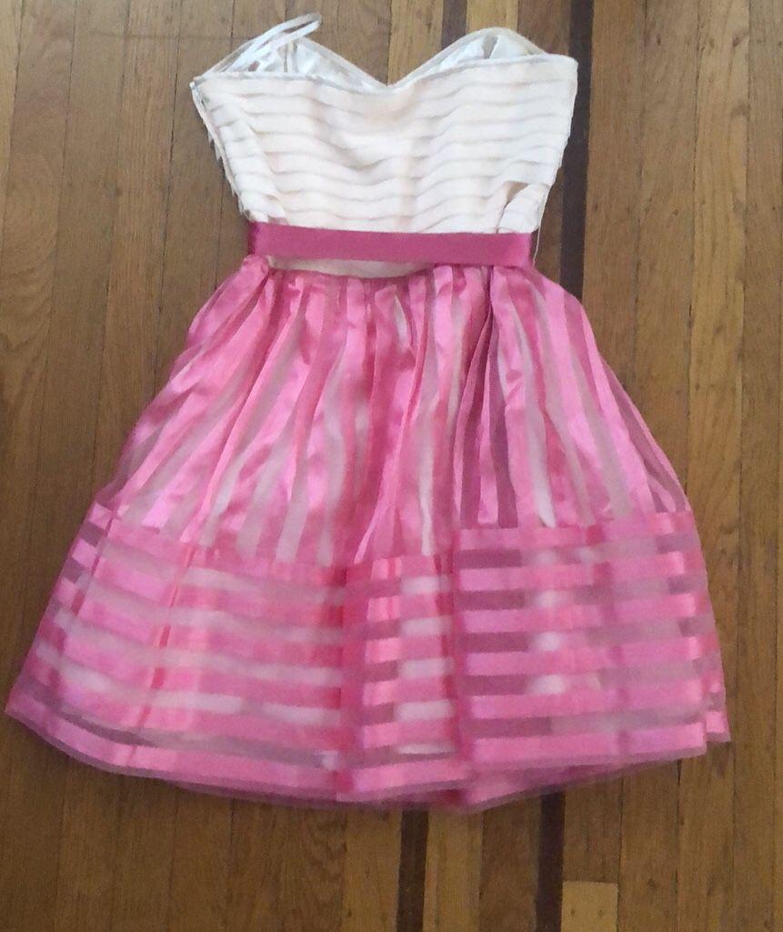 Women's Betsey Johnson pink cocktail dress 8 6 ruffled