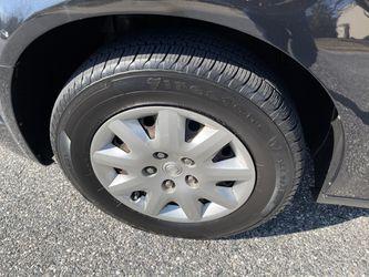 2010 Chrysler Town & Country Thumbnail
