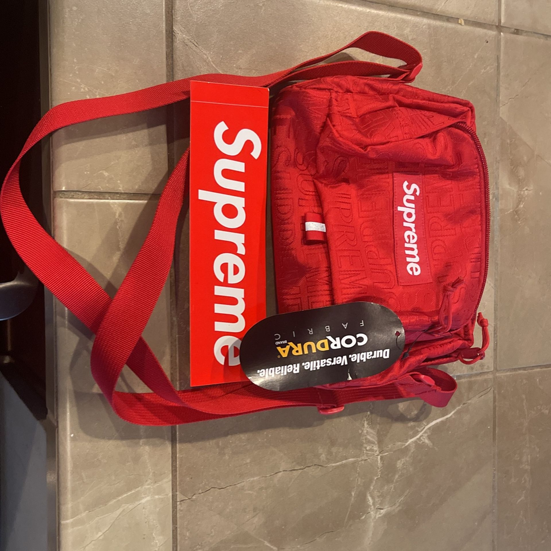Supreme Shoulder Bag   Brand New With Tag And Sticker On It
