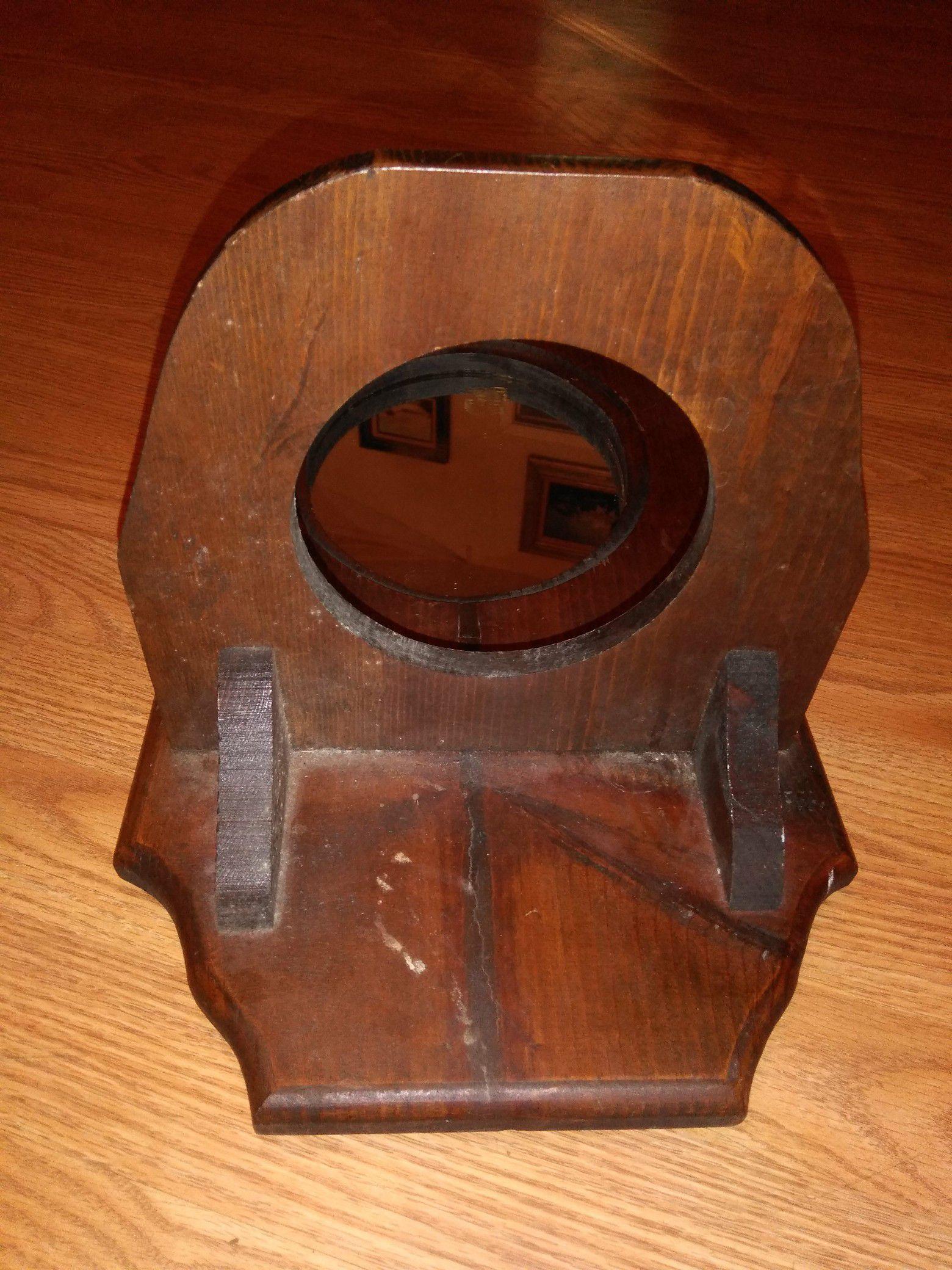 Vintage hurricane lamp holder