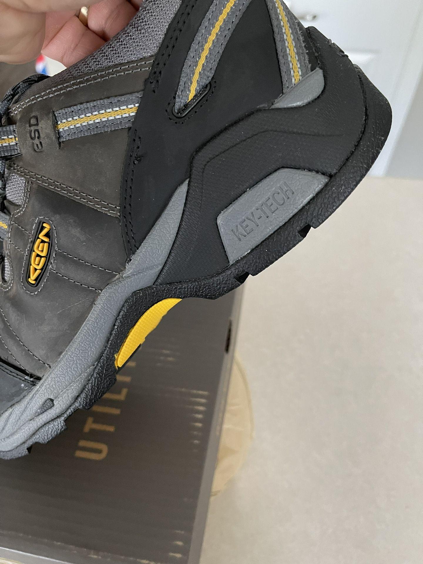 Boots (keen)