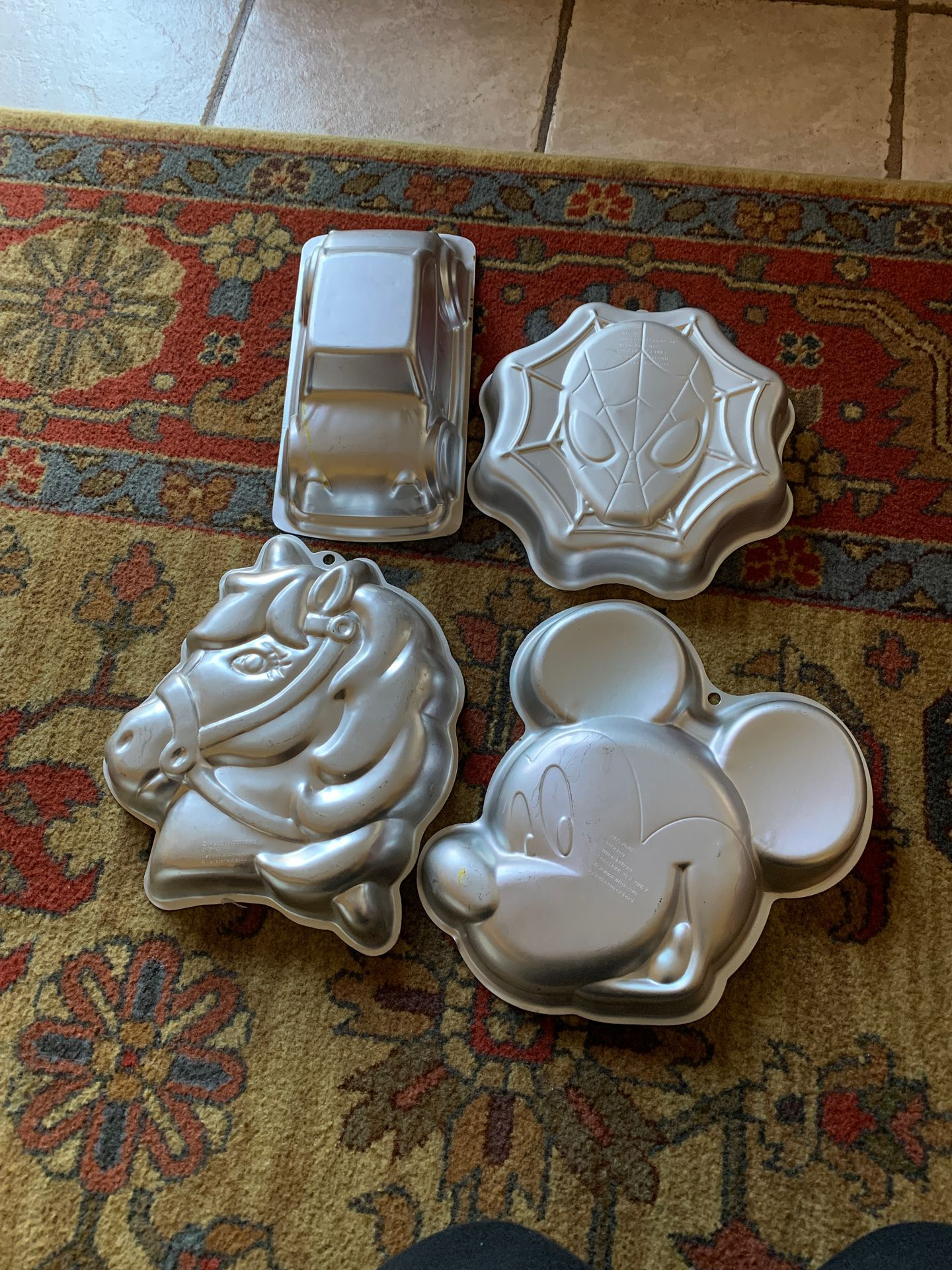 jelly or cake molds