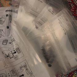 Medela Breastmilk Storage Thumbnail