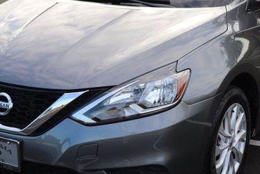 2017 Nissan Sentra Thumbnail