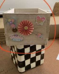 Centerpiece Making Gift Packaging Boxes Thumbnail