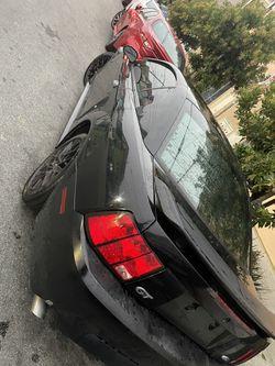 2002 Ford Mustang Thumbnail