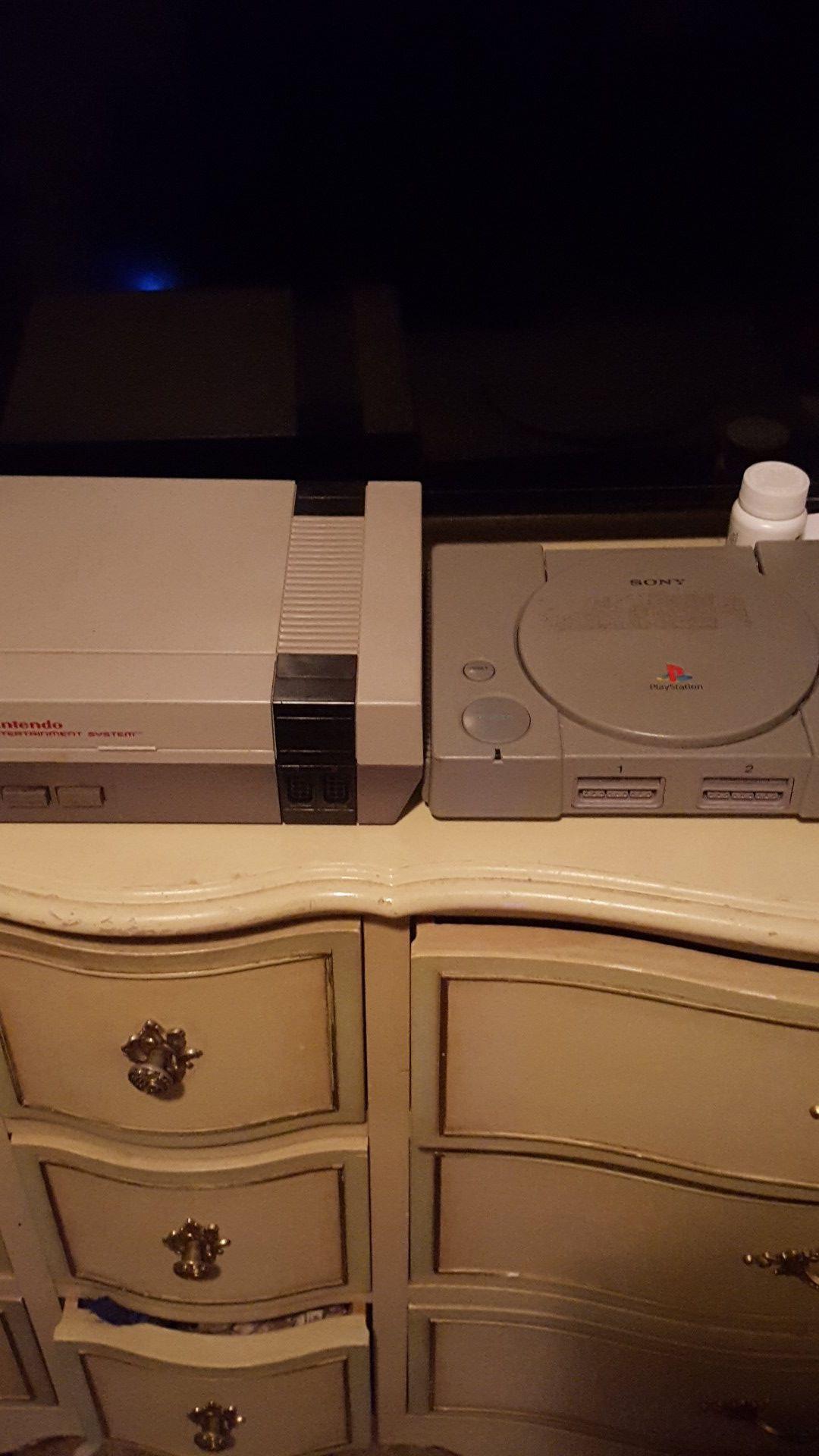 Original 1985 Nintendo nes, original PlayStation