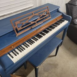 Upright Piano Thumbnail