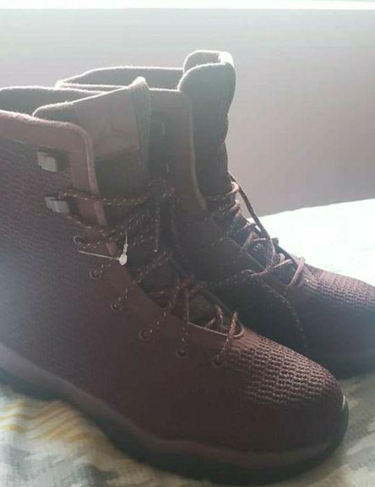 NEW!! Jordan Future Boots