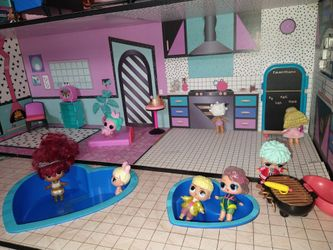 Doll House And Furniture Only Thumbnail