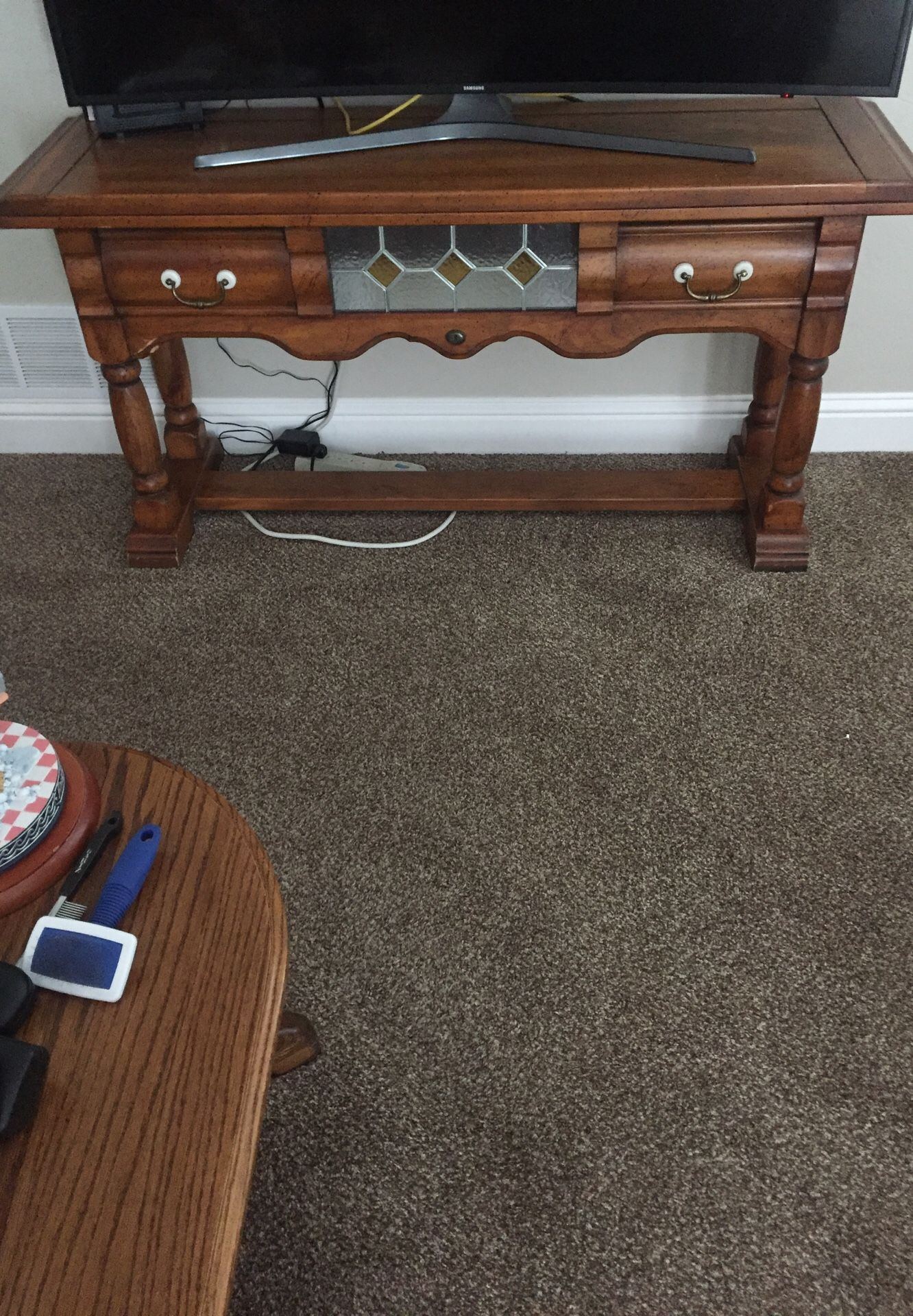 Solid wood TV stand