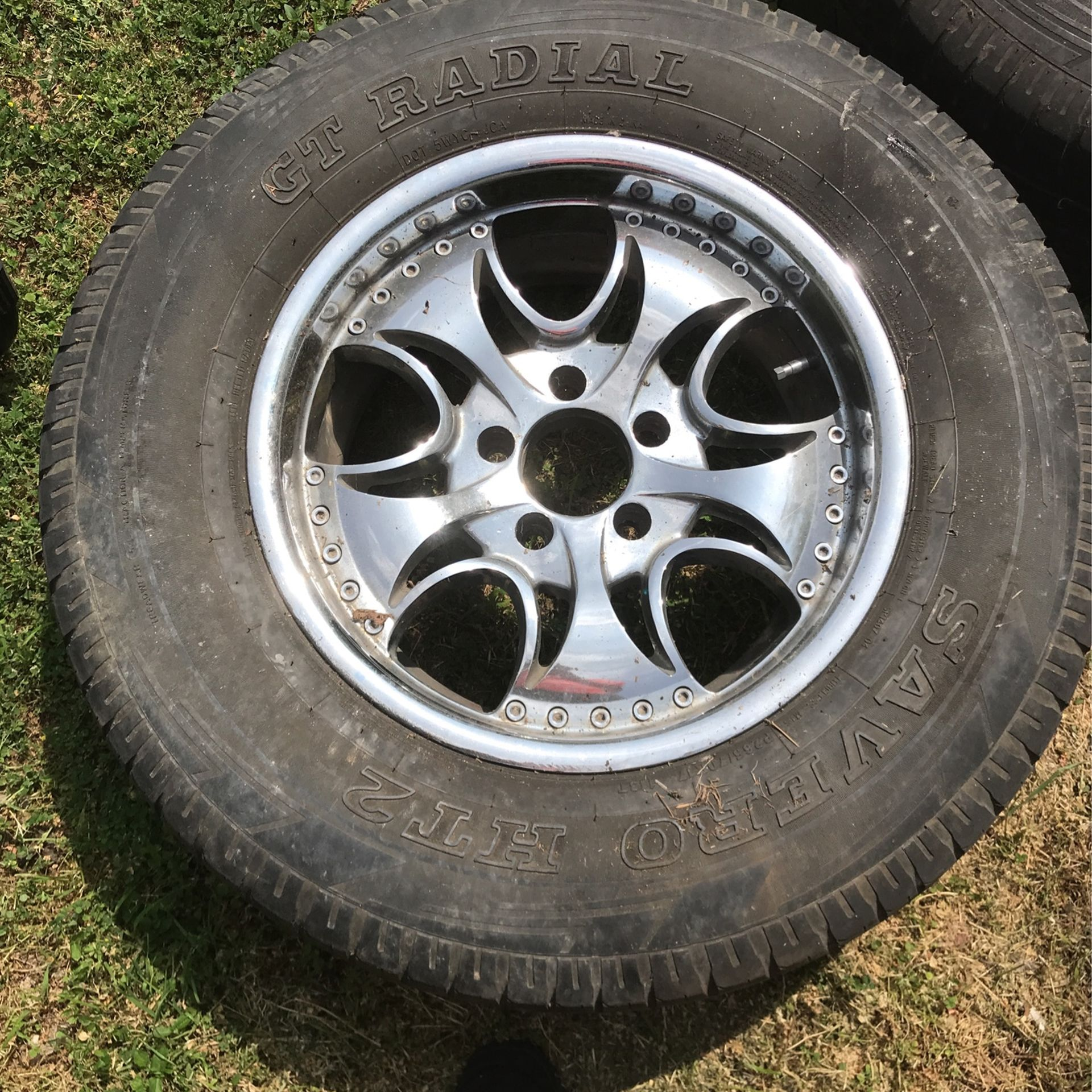 Auto Wheels With 2 Tires