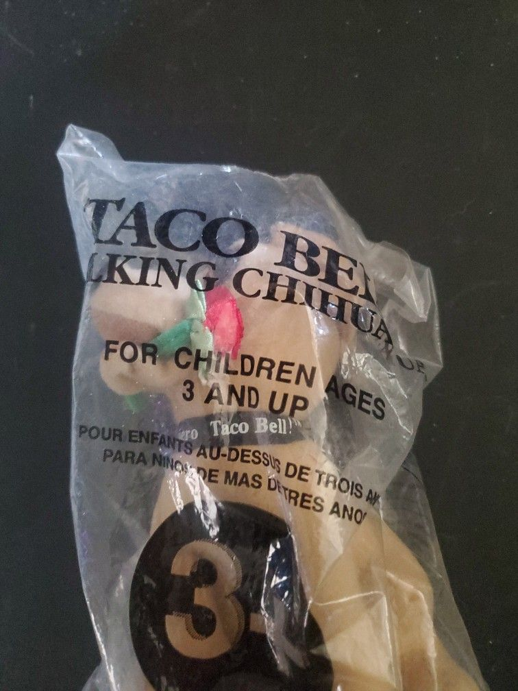 Vintage Talking Taco Bell Chihuahua New In Package