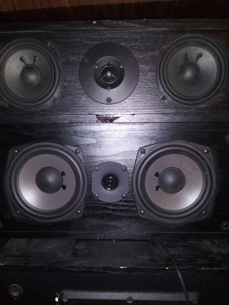 """Onkyo speakers 3.5""""n 4.5"""""""