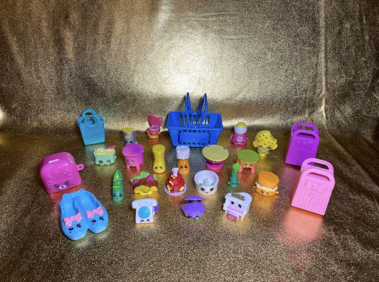 Shopkins lot of 25 toys