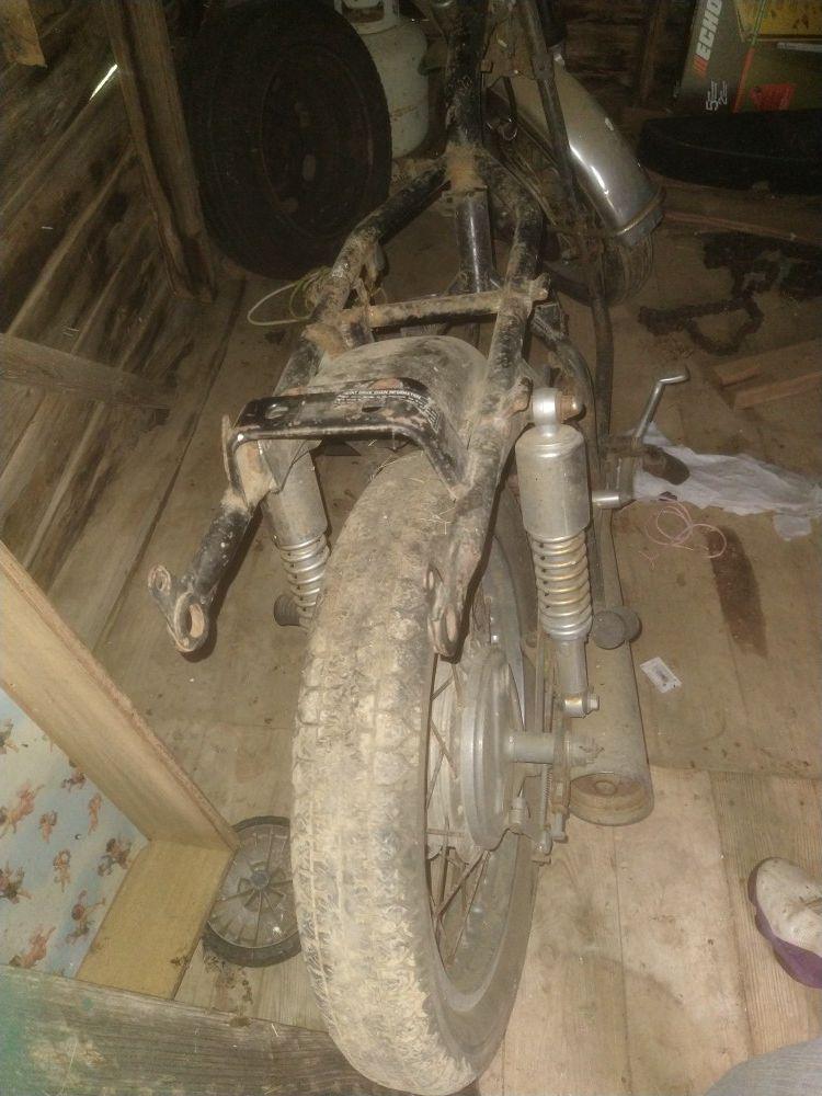 1975 Kawasaki frame
