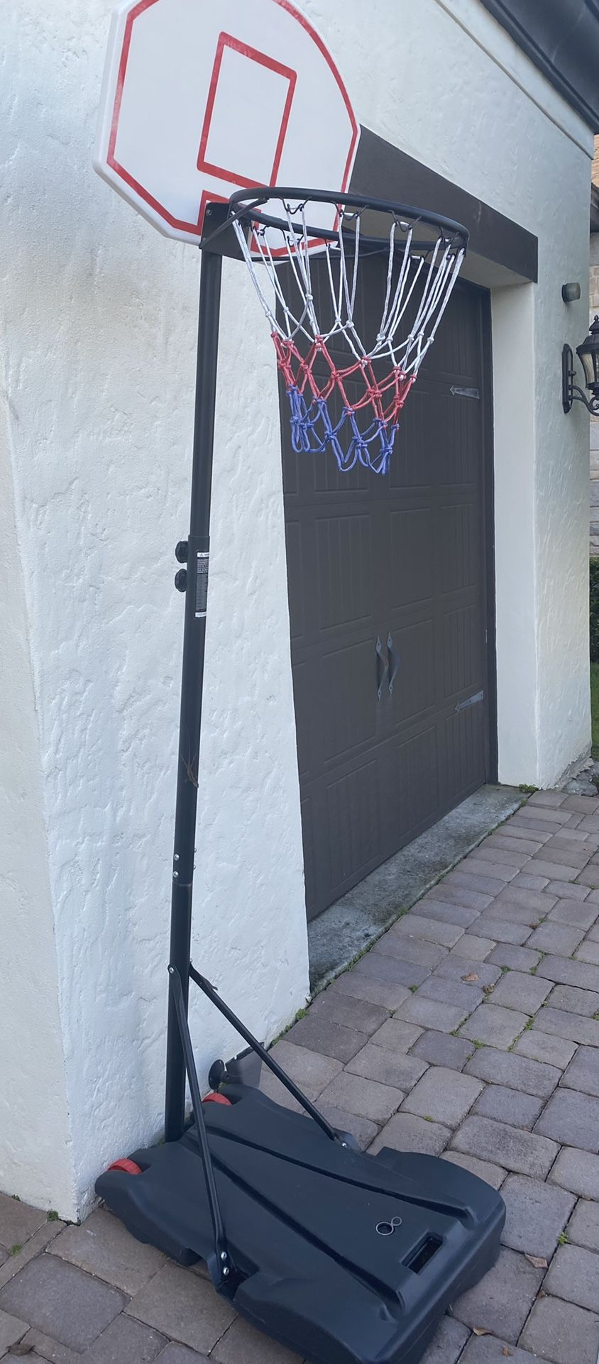 Basketball Junior Height-Adjustable 28 In. with Wheels